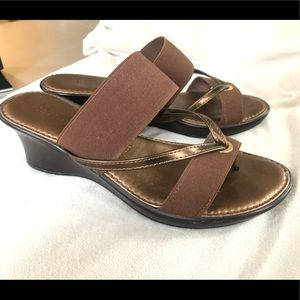Italian Shoemakers Wedge Sandal